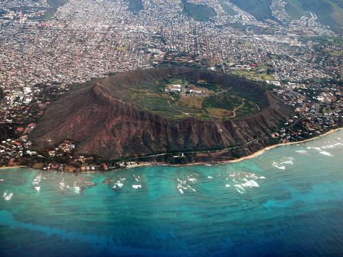 Chon ve di Honolulu tham quan bai bien thien duong Waikiki